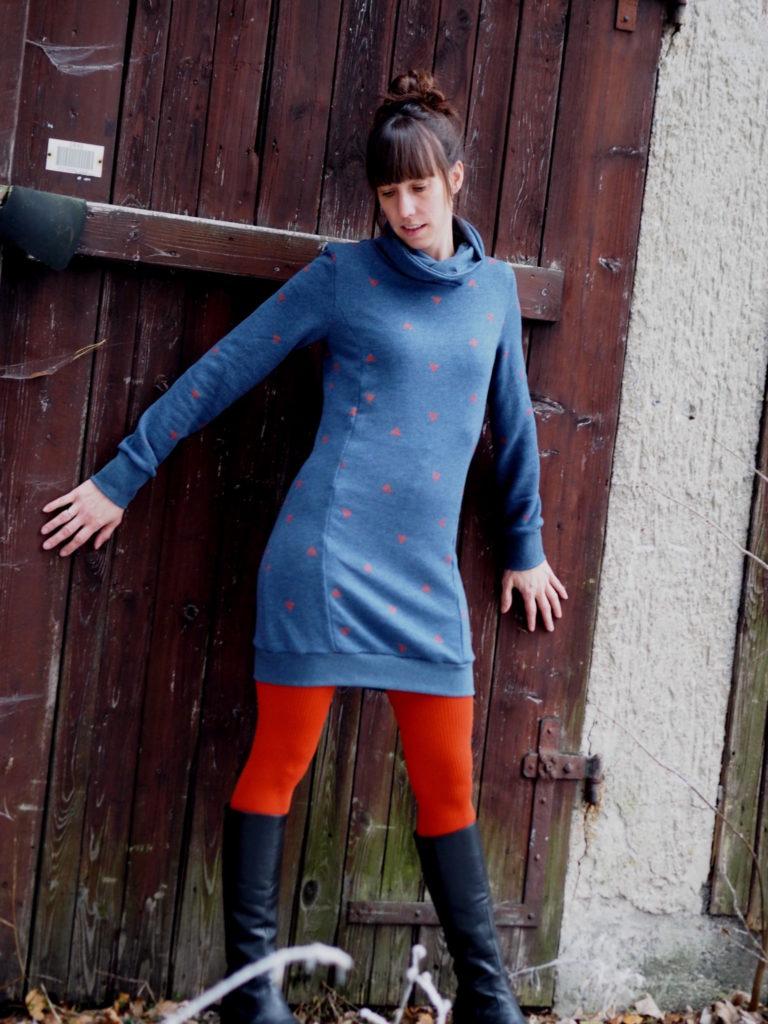 Schnittmuster Nähen Lillesol und Pelle Hoodie Kleid 2b