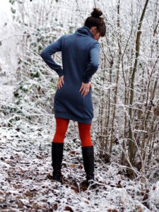 Schnittmuster Nähen Lillesol und Pelle Hoodie Kleid 5
