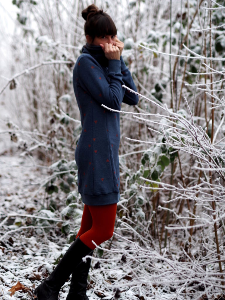 Schnittmuster Nähen Lillesol und Pelle Hoodie Kleid 7