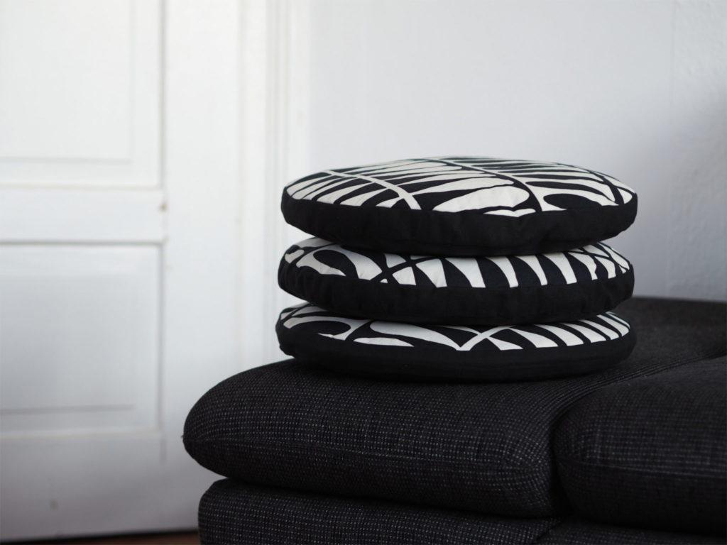 runde sitzkissen weisn hschen. Black Bedroom Furniture Sets. Home Design Ideas